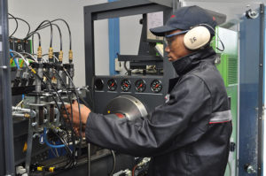 Reef Fuel Injection Services is one of few companies that offers electronic common rail injector calibration.
